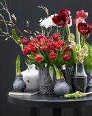 Bloemen en wax bollen