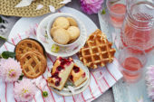 Pastry picnic