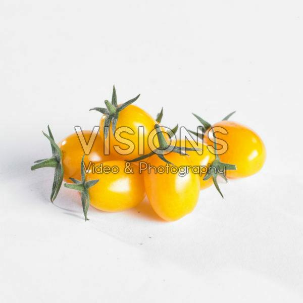 Solanum lycopersicum, yellow mini pomodori tomato