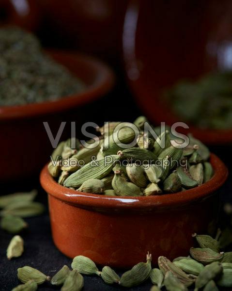 Elettaria cardamomum, green cardamom