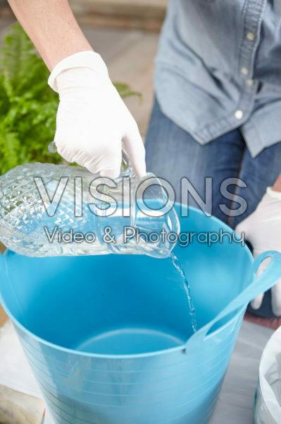 Water toevoegen voor cement
