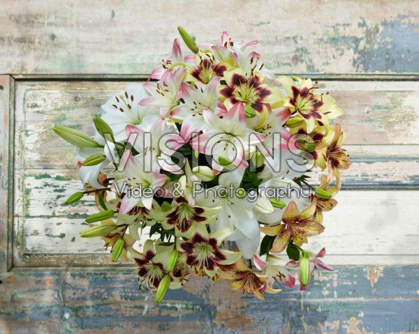 Lilium pastel bouquet