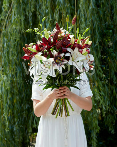 Lilium black and white bouquet